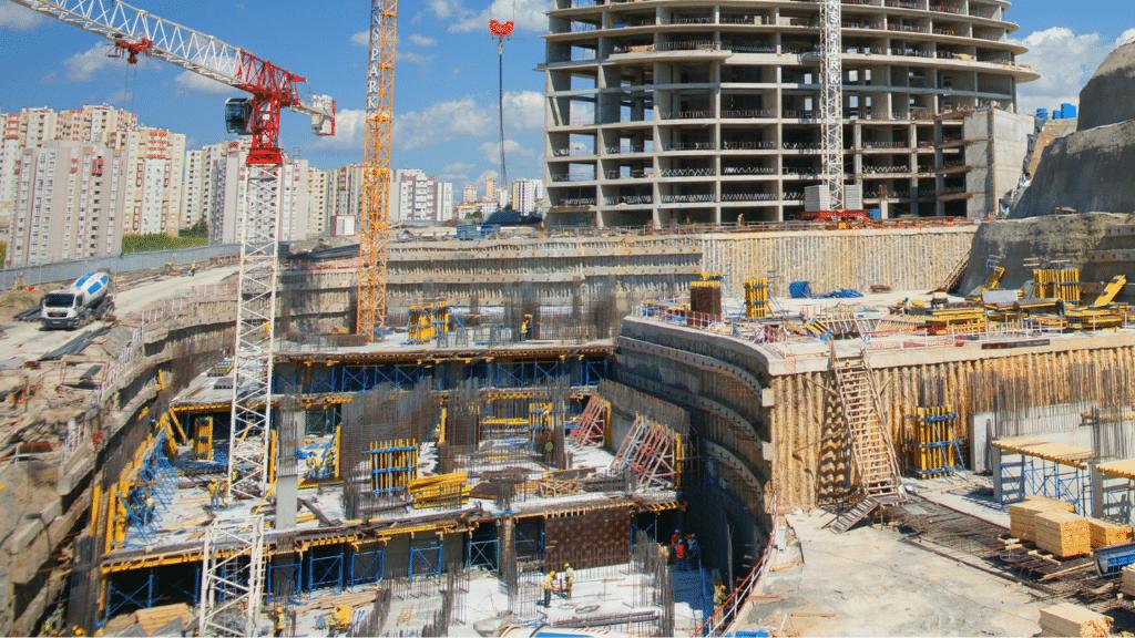 Betriebsunfall Baugrube Kran Darmstadt Offenbach