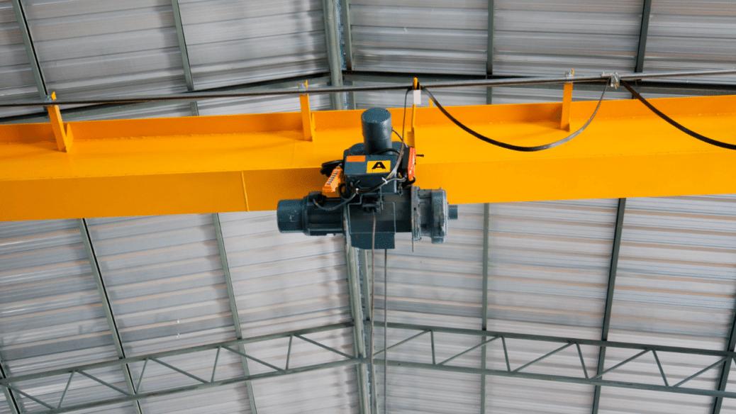 Tödlicher Sturz von Hubarbeitsbühne durch abstürzendes Bauteil in Georgsmarienhütte