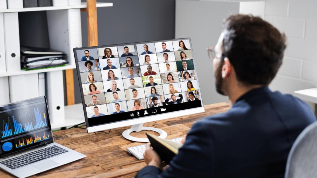 Unterweisungen flexibel und rechtssicher durchführen: neues Online-Portal der TÜV SÜD Akademie