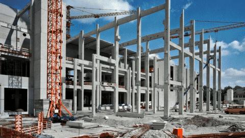 Bauarbeiter fällt 20 Meter tief - 34jähriger stirbt in Karlsruhe